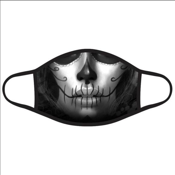 🔮HALLOWEEN Sugar Skull Face Mask!